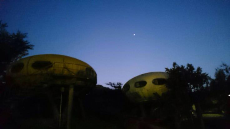 occupy UFO house-14
