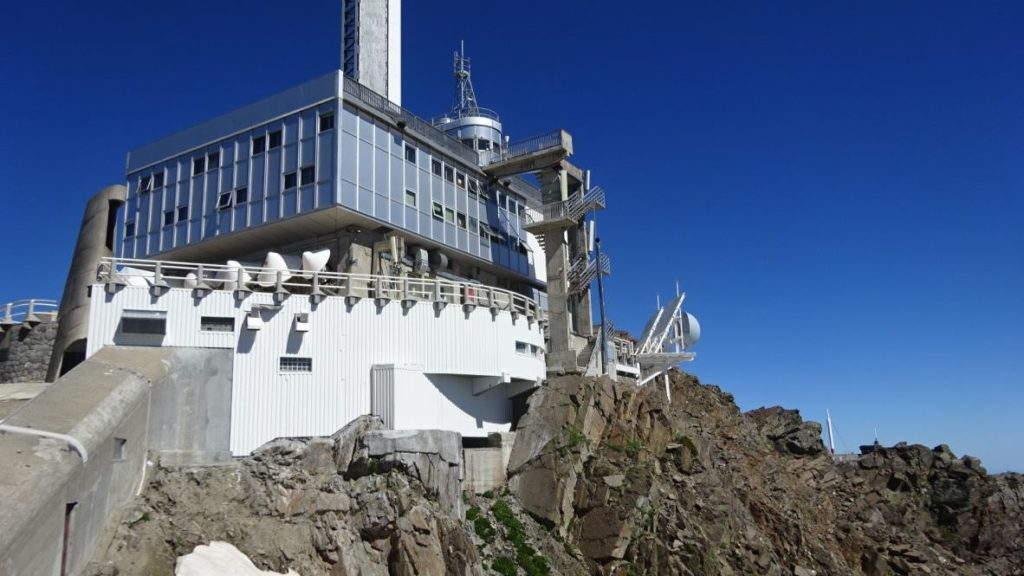 Research to Pic du Midi Observatory 24